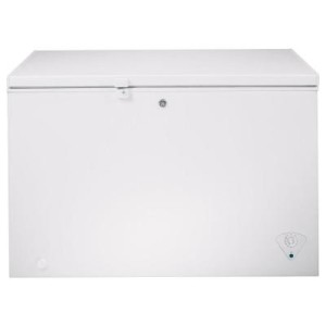 10.6 cu. ft. Chest Freezer in White GE FCM11PHWW