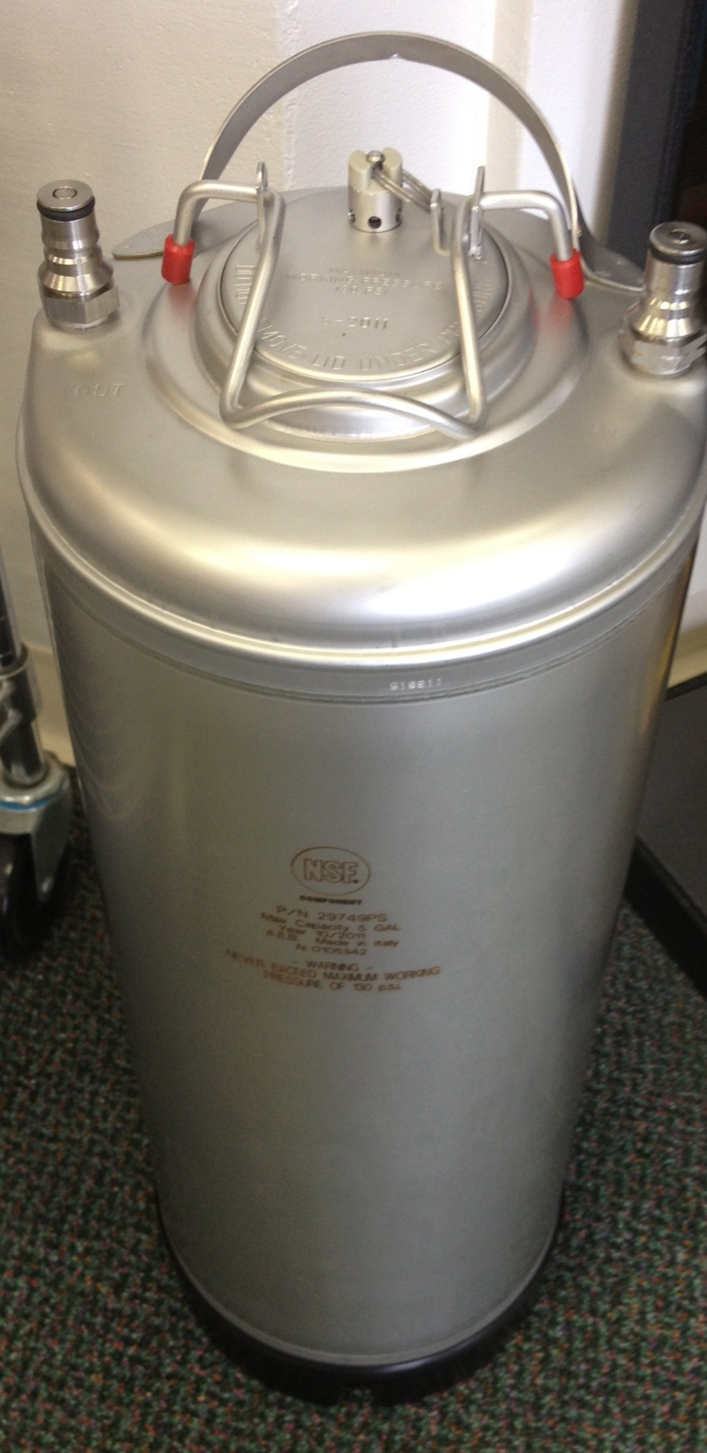 NEW 5 Gallon Ball Lock Keg - Rubber Bottom