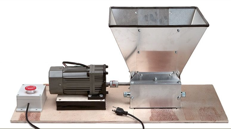 Motorized grain mill off roller and