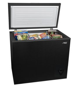 Arctic King 7 cu ft Chest Freezer, Black
