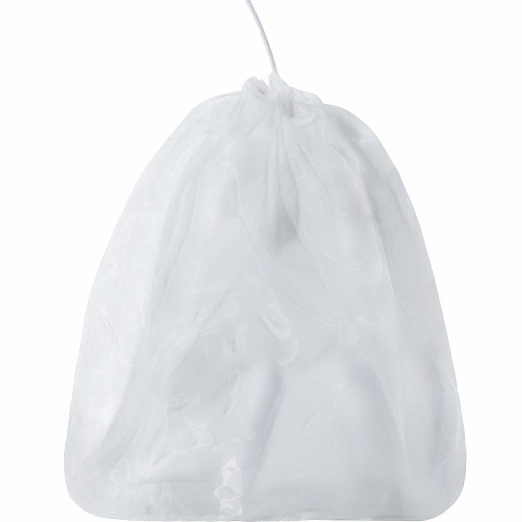 Blulu 4 Pack Large Reusable Straining Bag Nylon Filter Mesh Food Strainer Bag Nut Milk Bag Yogurt Strainer, Sieve Soy Almond Milk Nuts Fruit Juice Cold Brew Home Brewing, 66 x 56 cm/ 26 x 22 Inch
