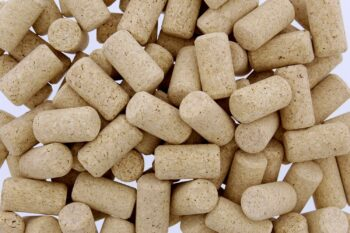G Francis Premium Bulk Wine Corks 1-3/4in x 15/16in Fit Most Bottles, 100 Pack, Natural Straight & Non-Recycled no. 9